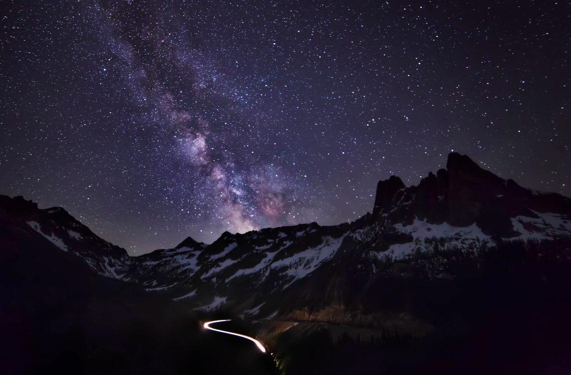 Liberty_Bell_Milky_Way1.jpg